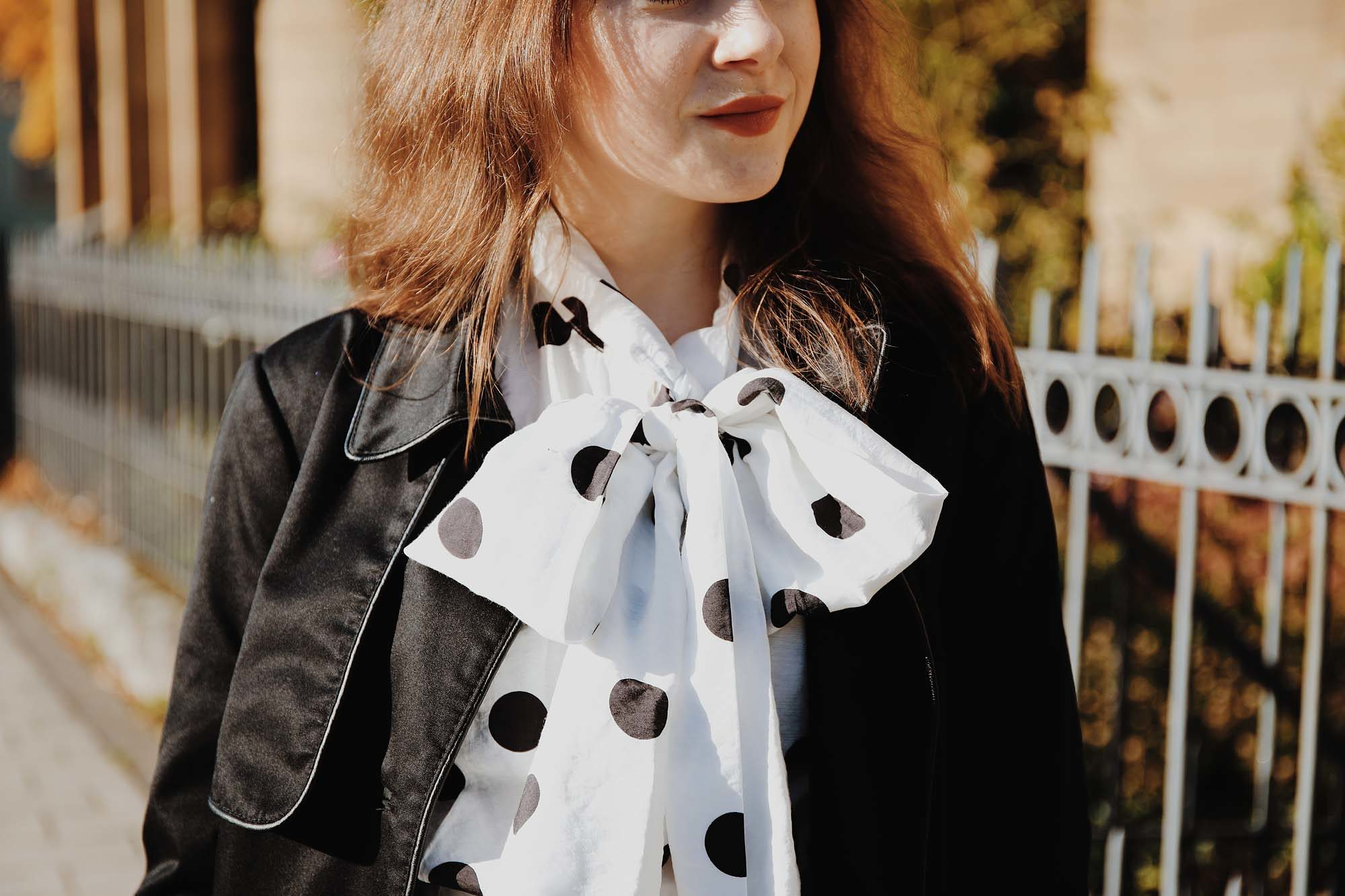Outfit Inspiration: So trägst du Polka Dots im Herbst