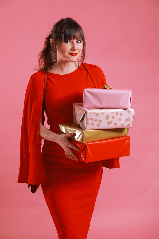 drei festliche Outfit Inspirationen für Weihnachten und Silvester